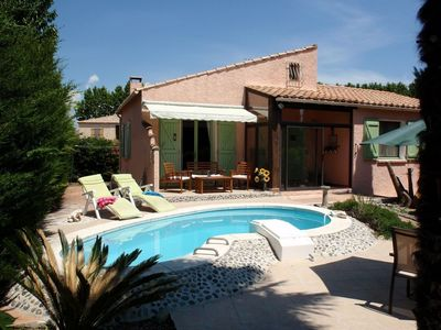 Photo for Villa with private pool, pretty village on the Canal du Midi, Languedoc
