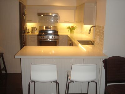 Photo for 1 b-room luxury apt. in beautiful Oakville. Lake views, parks and many trails.