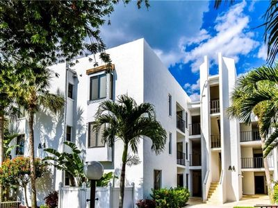 Photo for Wonderful island condo with Fantastic views at a great price on Manasota Key.