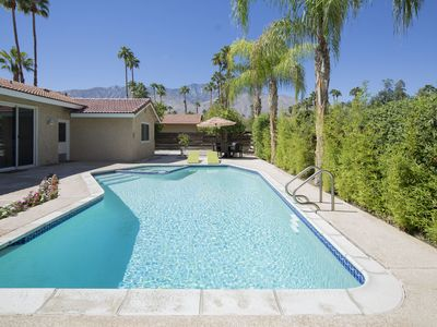 Photo for PALM SPRINGS LOVE: PARADISE IN THE DESERT!