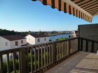 Super relaxing holiday in lovely clean apartment with amazing views and just minutes from the beach
