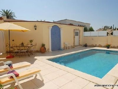 Photo for Beautiful beachfront villa with a pool and Wi-Fi near the shops