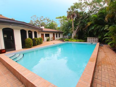 Photo for Newly Updated Siesta Key 3 bed/2 bath, heated pool, walk to town & beach