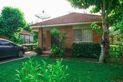 3 Bed Room House with Garden