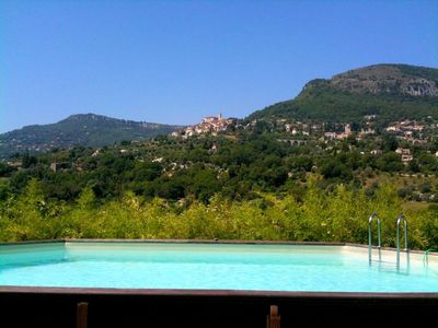 Photo for Quiet villa 2 houses, panoramic view, swimming pool