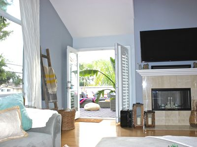 Photo for Endless Summer In This Bright, Open, And Comfortable Home!