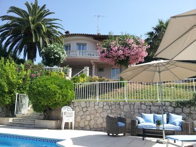 Photo for Lovely, Bright Villa With Private Pool And Pool House, Boules Court,