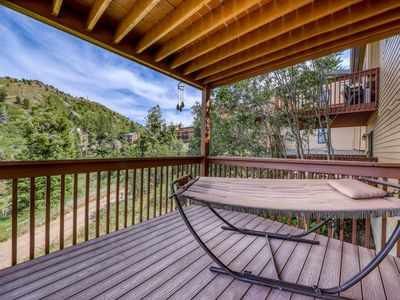 Photo for Outdoor lover's getaway with ski-in/ski-out access and a shared hot tub!