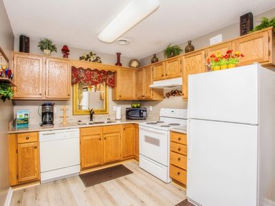 Photo for Mtn & City View 1 BR with NEW Flooring & Granite