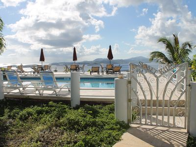 Spectacular 2 BR/2.5 BA Townhome Villa w/Pool and Awesome Ocean Views!