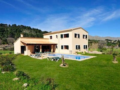 Photo for Villa in Pollensa walking distance to the old town with free Wifi