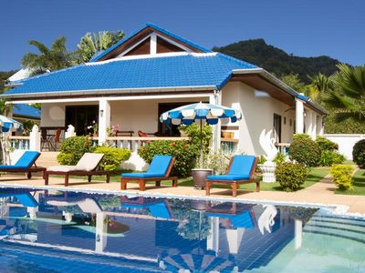 LUXURY VILLA - SWIMMING POOL - 3 BEDROOMS - TROPICAL GARDEN 6 / 8persons