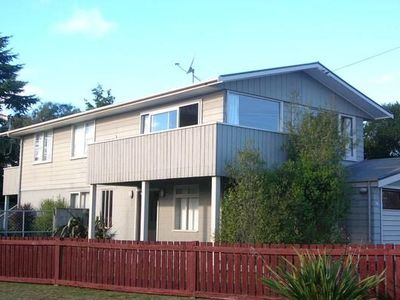 Photo for Pencarow Lodge - Large home, Great location in Rainbow Point with free WiFi