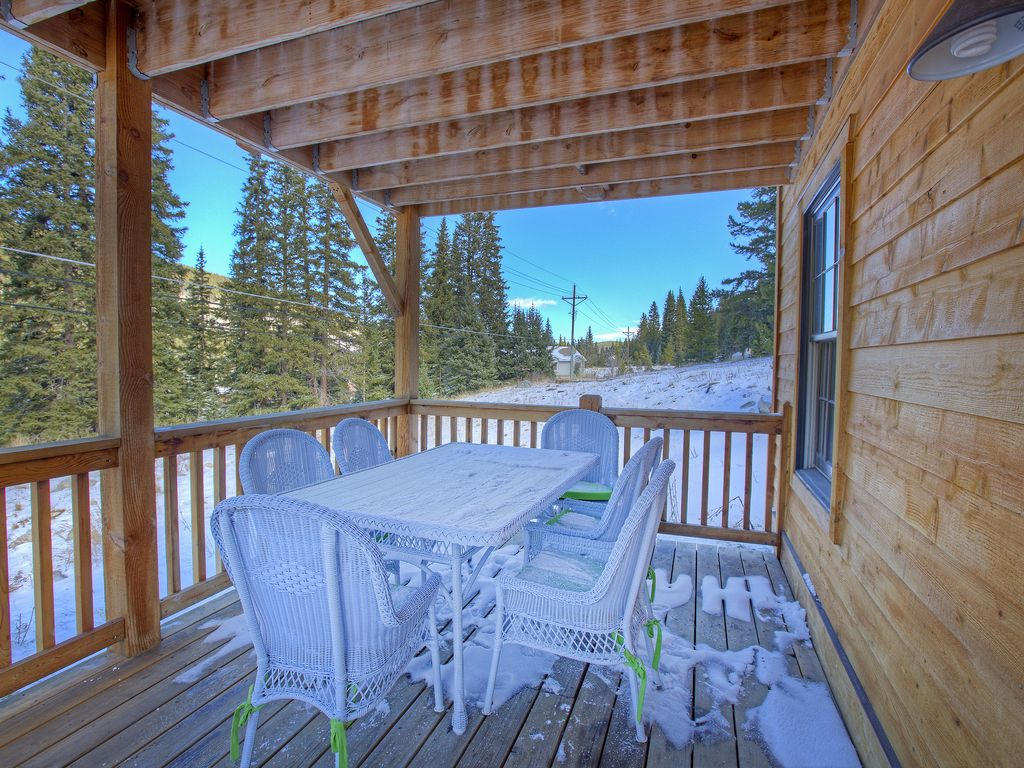 Cozy Cabin New Private HOT TUB on Free Shuttle Route Stops 6x Per ...