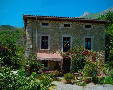 Photo for The Valleja. Rural house for groups with views of the Picos de Europa
