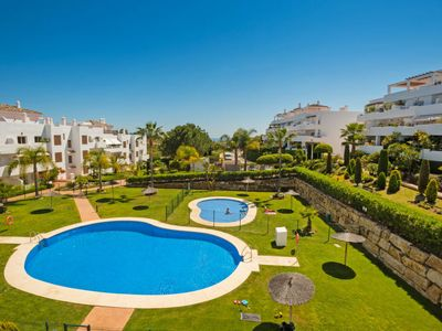 Photo for Apartment LUNYMAR in Estepona - 2 persons, 1 bedrooms