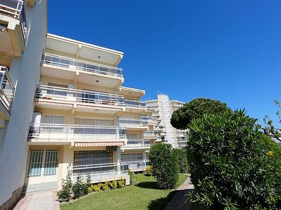 Photo for Apartment Los Pinos in Cambrils - 6 persons, 2 bedrooms