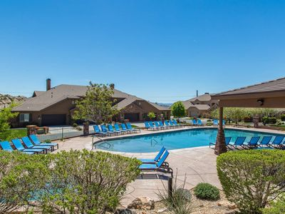 Photo for Pools are Open! Beautiful Southern Utah Getaway! 4 bdrm, sleeps 18