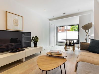 Photo for Stunning 3Bed Apt in Fulham, near River Thames
