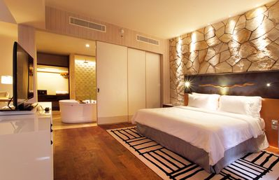 Photo for Spacious Modern Suite with Free Minibar Items (T Sand Suite6)