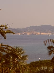 Photo for Charming family house, facing St Tropez, max 8 persons