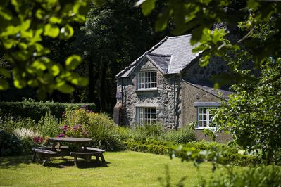Welcome to Garden Cottage - Snowdonia's own Hansel and Gretel