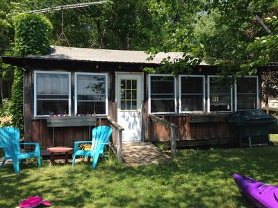 Family Friendly Lake Front Cabin  2 night minimal stay on Lake Dunmore