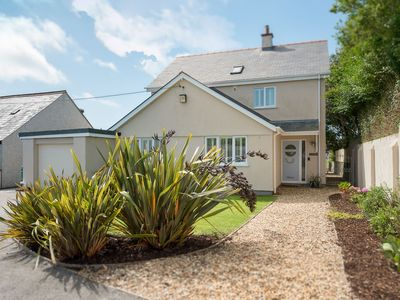 Photo for Sand Dollar -  a 5 bed detached house that sleeps 10 guests  in 5 bedrooms