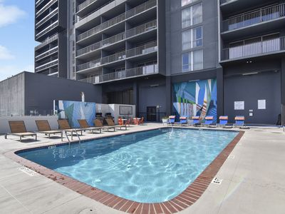 Photo for 2BR Condo Vacation Rental in Houston, Texas