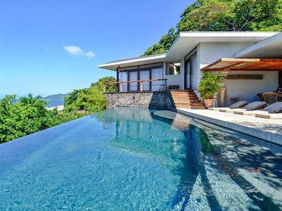 Photo for Amazing, spacious Home with breathtaking Ocean Views, Walking to Town