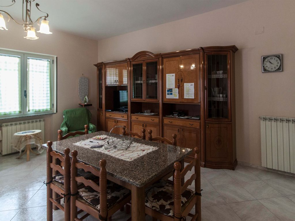 2 Bedrooms Apartment Near Pompeii Ruins Vesuvio Parking
