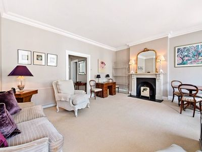 Photo for Stunning and specious 1 Bed Flat in heart of Chelsea
