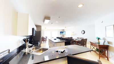 Beautiful oceanfront condo 7 bed 5.5 bath large corner unit with amazing views!
