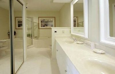 Photo for LATE SUMMER 3 Bedroom Condo Townhouse Unit in the gated Shipyard Plantation