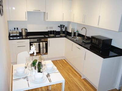 Photo for Stylish 2 bed 2 bath Leeds Balcony Apartment