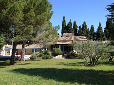 Photo for Provencal property of exception! Air-conditioned, swimming pool, large garden, 5 * services