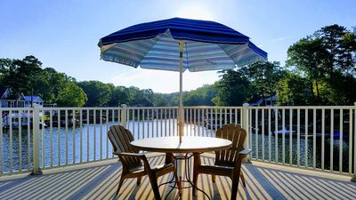 The upper deck of the dock, perfect for sunning relaxing or dining.