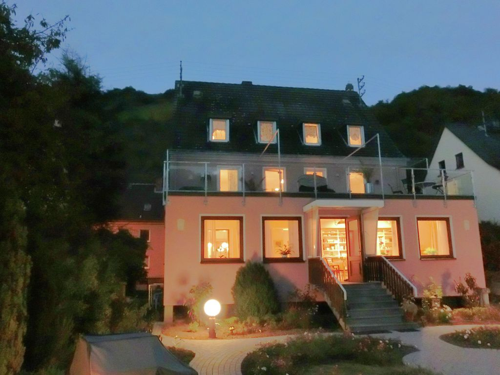 Amazing holiday home directly on the Rhine ... - HomeAway