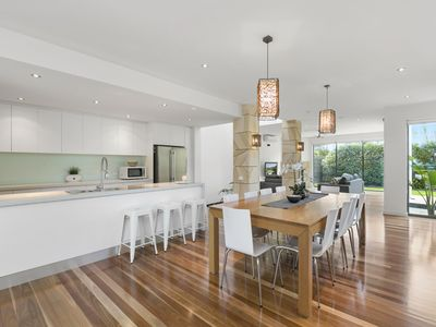 Photo for Luxury Torquay Townhouse