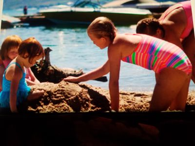 Photo for LAKE CHELAN.... WAPATO POINT.  2 BED 2 BATH WATERFRONT BEACH CONDO AUGUST
