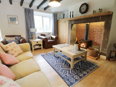 Photo for FIDDLERS COTTAGE, pet friendly in North Charlton, Ref 956270