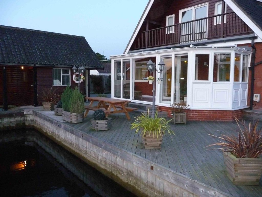 Wroxham Self Catering Holiday Homes