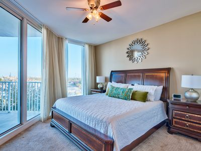 Photo for New! Palms of Destin 4th Floor 2BR/2BA ~ Fall Specials! Lagoon Pool!