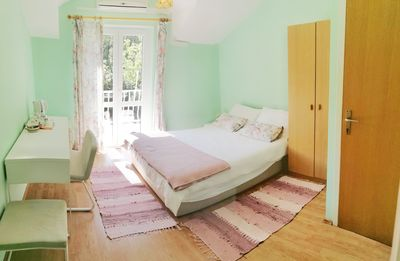 Photo for Peaceful Room In The Center Of Cavtat