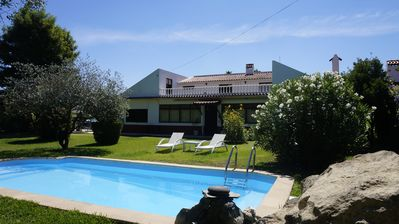Photo for Relaxing villa with pool and garden - SPECIAL OFFER JULY (2nd-7th)