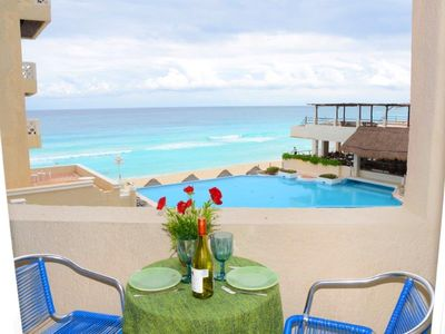 Photo for Suite,  Oceanfront, with kitchenette,balcony.