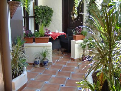 Photo for Mediterranean apartment with small patio-terrace