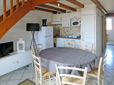 Photo for Lovely apartment for 6 people with WIFI, TV, balcony and parking