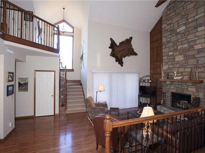 Photo for BERKSHIRES 6  WPM: 3 BR / 3 BA 3 bedroom condo in Blowing Rock, Sleeps 8