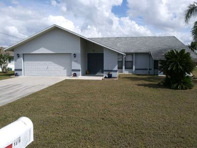 Photo for Great vacation rental on a Gulf access canal. Close to beaches, golf and shops